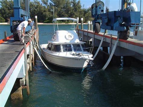 cracker boy boat works jim bailey project boat 1973 bertram 31 fbc