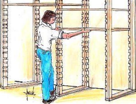 scaffali fai da te legno scaffalatura in cantina fai da te