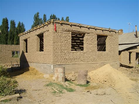 what is an adobe house file milyanfan adobe brick house 8040 jpg wikipedia