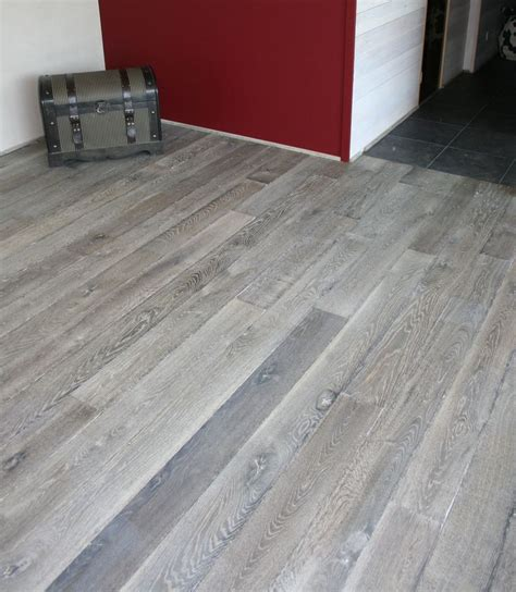 Light Grey Wood Floors by Gray Wood Flooring Best Ideas About Kitchen Flooring On Kitchen Floors With