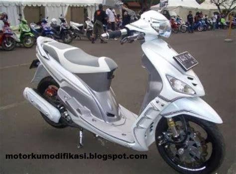 Polo Shirt Otomotif Motor Yamaha All New Byson Siluet Tdkaos Kerah gambar modifikasi yamaha mio warna putih polos