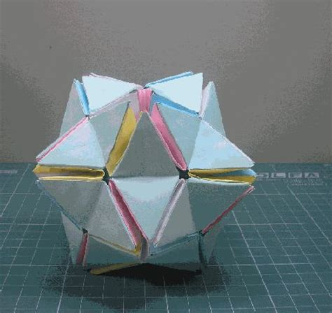 Paper Toys Origami - 17 best images about brinquedos origami on