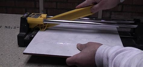 How To Cut Ceramic Floor Tile by How To Cut Ceramic Floor And Wall Tile With A Tile Cutter