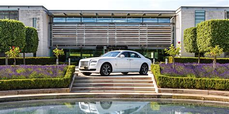 roll royce singapore rolls royce honors singapore with an limited