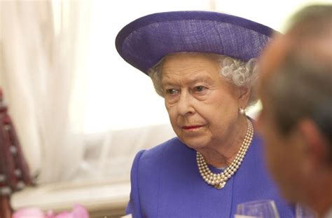 queen s estate invested 13 million in offshore tax havens four things the paradise papers tell us about global