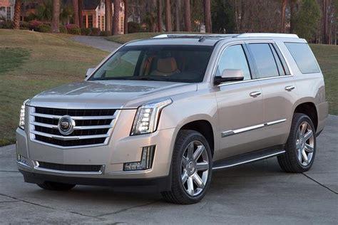 Lincoln Escalade Price by Chevrolet Suburban Vs Lincoln Navigator Vs Cadillac
