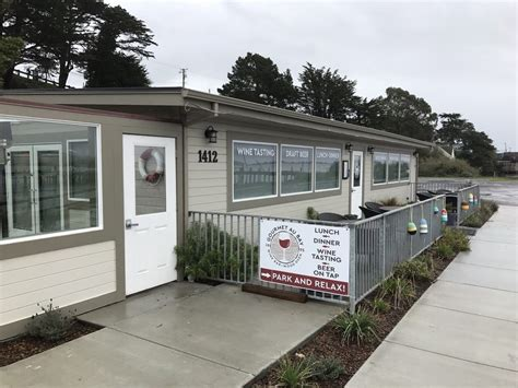 boat house bodega bay menu gourmet au bay 50 photos 37 reviews wine bars 1412 bay flat rd
