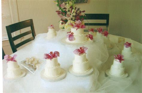 Mini Wedding Cakes by Mini Wedding Cakes 101 Frederick Magazine