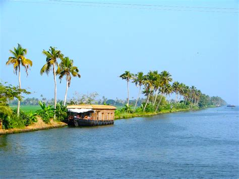 kerala boat house alleppey alappuzha houseboats alappuzha standard boat house with