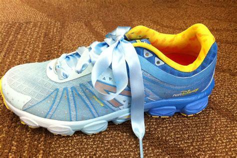 run disney cinderella shoes exclusive look at new balance 2014 rundisney shoes