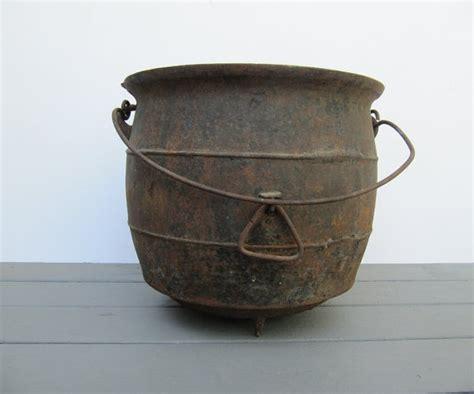 large cast iron pot antique large cast iron cowboy pot for cast iron