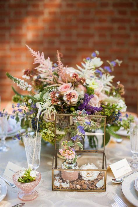 best 25 dahlia wedding centerpieces ideas on dahlia wedding arrangements wedding