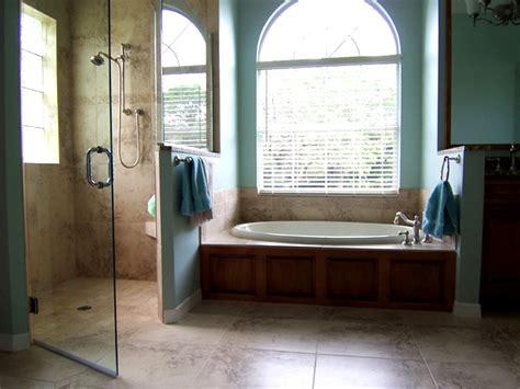 Garden Tub Shower by Garden Tub Bathroom Decor Ideas