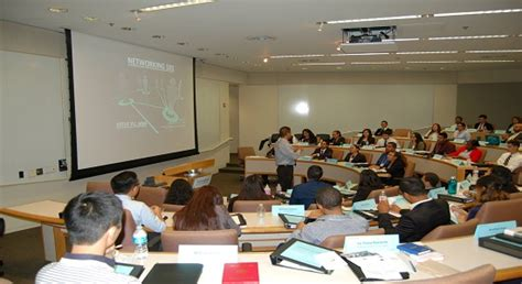 Ucla Riordan Mba by Riordan College To Career Ucla School Of Management