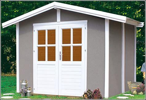 farbe gartenhaus gartenhaus wei streichen zaun schwedisch blau gartenhaus