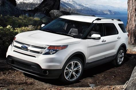 cars with three rows of seats the best three row crossovers a list of our favorites