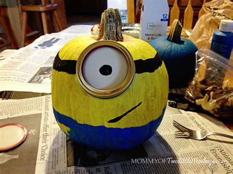 Minion Pumpkin Decorating by Decorating And Painting Minion Pumpkins For