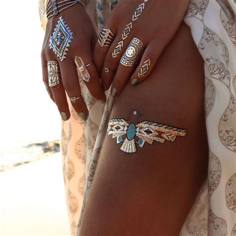 flash tattoo trend major trend alert the flash tattoo