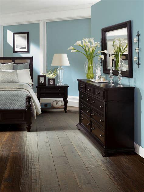 bedroom dark hardwood floors  wood   light