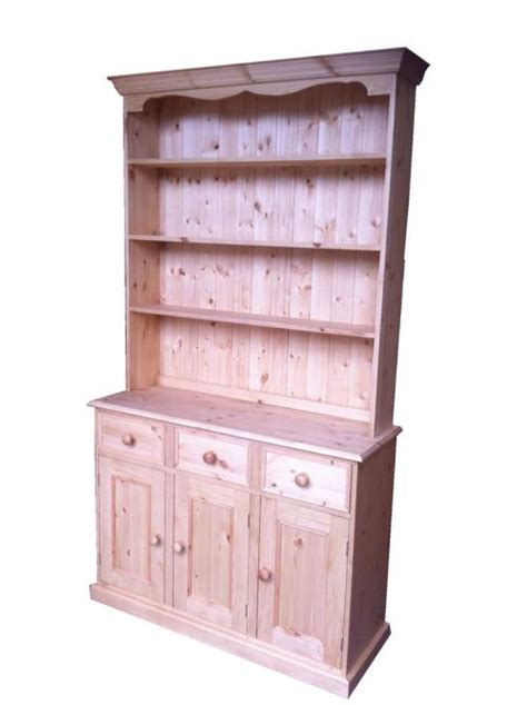 Traditional Kitchen Dressers by Traditional Dresser