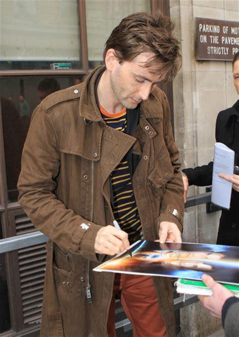 david tennant autograph david tennant photos photos david tennant signs