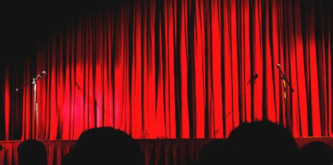 Theatrical Curtains lighting the stage stage lighting online tutorials