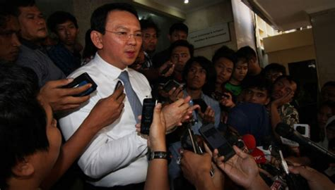 ahok novanto ahok education is not a priority in 2014 city budget