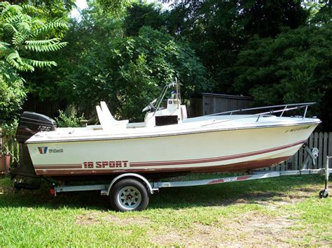 wellcraft boat line 1989 wellcraft 18 sport center console reduced the hull