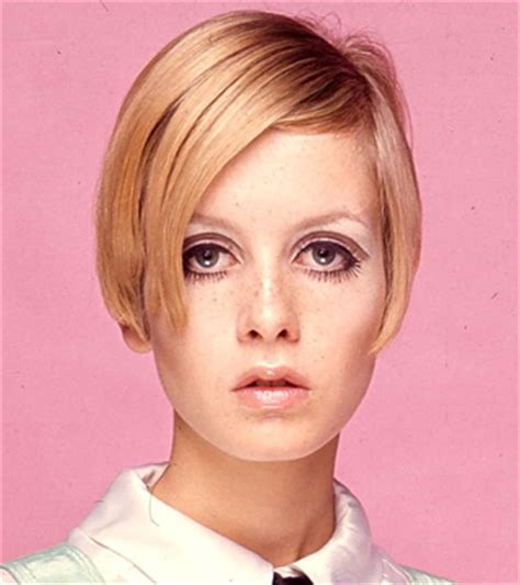 haircuts hornby twiggy to resume her contract as the face of olay vogue