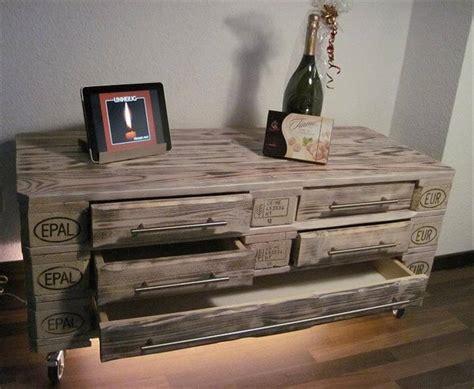 Diy Dresser Drawers by Diy 3 Pallet Dresser With 5 Drawers