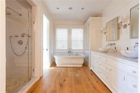 Wood Floors In The Bathroom by Cottage Bathroom With Sawn White Oak Wood Floors