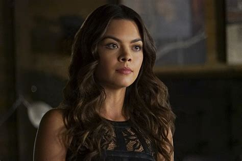 hottest woman 103015 � scarlett byrne the vampire