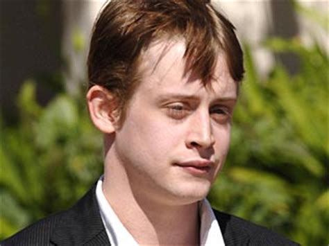 home alone macaulay culkin s dakota culkin