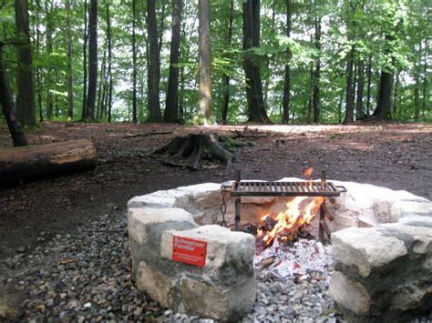 schweizer familie feuerstelle wald baden feuerstellen und rastpl 228 tze