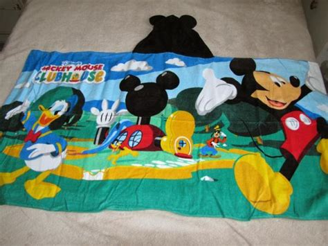 mickey mouse clubhouse bathroom disney s mickey mouse clubhouse bath beach hooded wrap
