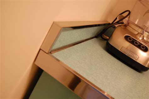 how to install metal edging on your retro laminate
