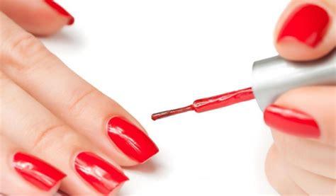Fingernägel Lackieren Wie Richtig by Wie Sie Ihre Fingern 228 Gel Richtig Lackieren 5 N 252 Tzliche Tipps