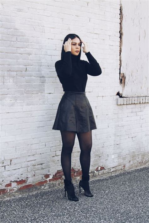 Simple Professional Work Outfits