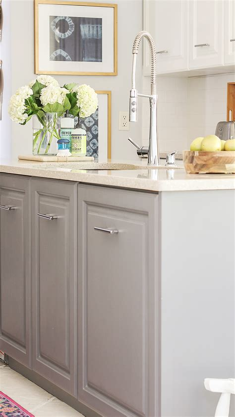 Painted Kitchen Cabinets by Fastest Way To Paint Kitchen Cabinets The Ultimate Hack