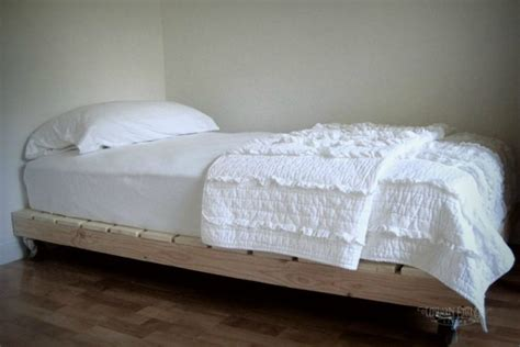 beds made out of pallets 11 designs for diy beds made out of pallets tiphero