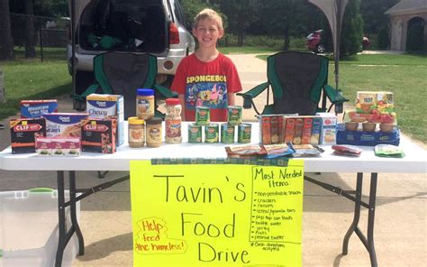 Food Pantry Rock Ar by 7 Year Hosts Food Drive For Ualr Trojan Food Pantry News