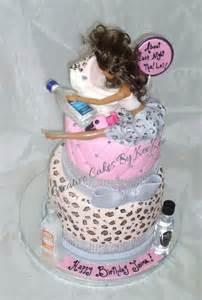 220 ber 1 000 ideen zu drunk barbie cake auf pinterest kuchen zum
