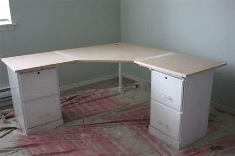 Corner Desk Building Plans Diy Corner Computer Desk Plans