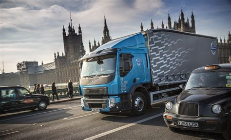 volvo truck dealers uk volvo trucks uk dealers achieve 96 mot pass