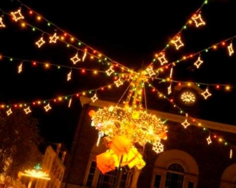 Whats New For 2015 In Lights Christmas   carmarthen christmas light switch on 2017