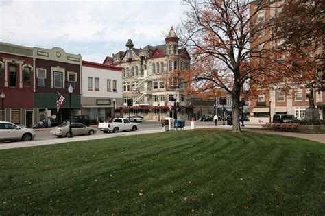 small town small town square www pixshark com images galleries
