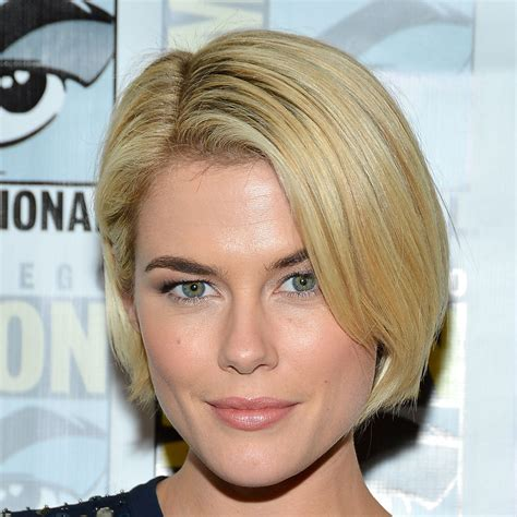 rachael taylor sleek bob pictures of the best beauty looks from 2012 comic con