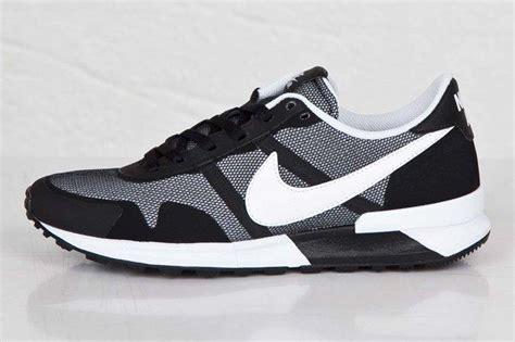Sepatu Nike Pegasus 30 nike air pegasus 83 30 black white sneaker freaker