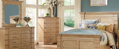 Difference Between Dresser And Chest Of Drawers by Dressers Chest Of Drawers What S The Difference