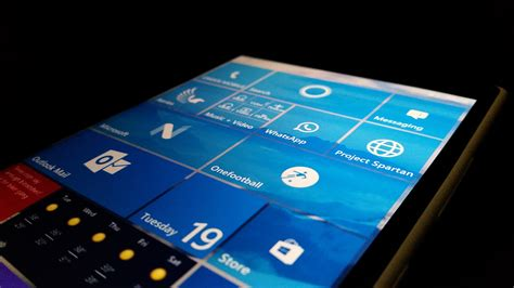 microsoft windows mobile microsoft outlines windows 10 mobile recommended hardware